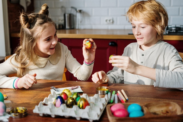 Easter activities to do with the family during COVID-19